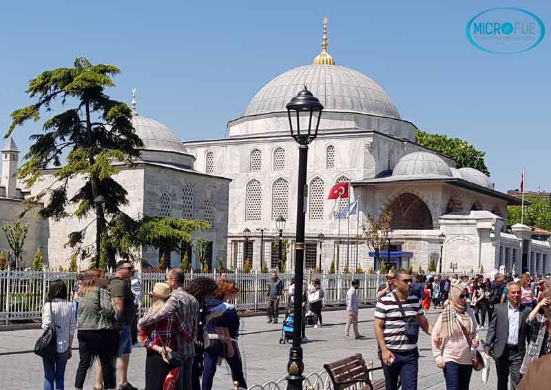 Estambul_viaje_trasplante_capilar_Microfue_Turquia
