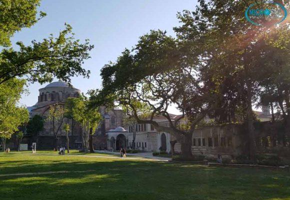jardines_Topaki_santa_Irene_Estambul_trasplante_de_pelo_Turquía_Microfue