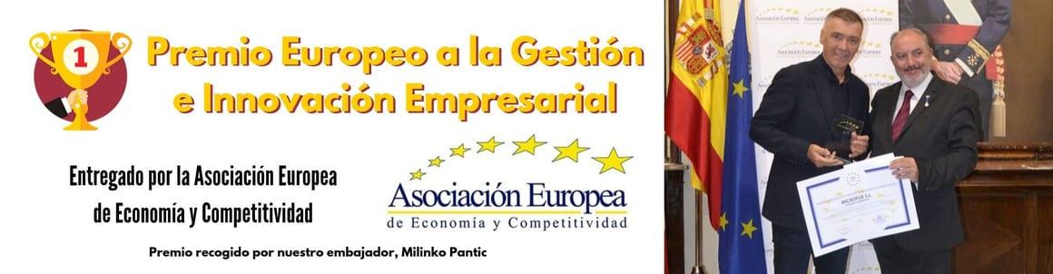 microfue-Premio-Europeo-a-la-Gestión-e-Innovación-Empresarial-entregado-por-la-Asociación-Europea-de-Economía-y-Competitividad-1